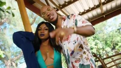 Video: Skuki - Three Gbosa