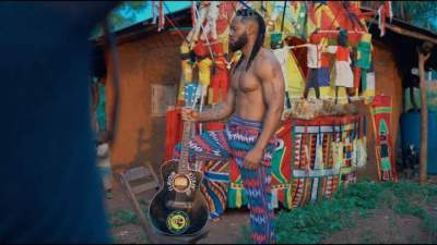 Video: Flavour - Umu Igbo (feat. Biggie Igba)