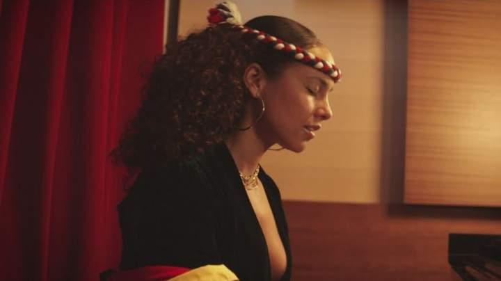 Alicia Keys - Raise A Man
