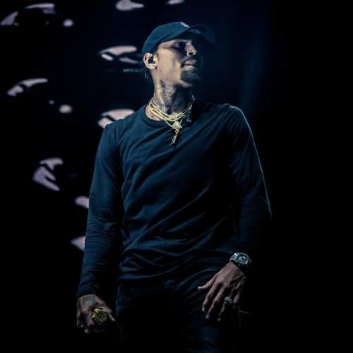 Chris Brown - Dat Night (ft. Trey Songz & Young Thug)