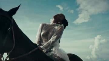 Video: Kelly Rowland - Coffee