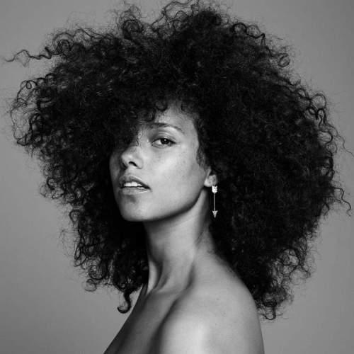 Alicia Keys - Holy War