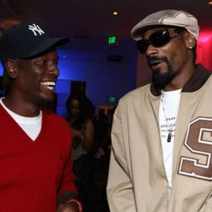 Tyrese - Dumb Sh*t (feat. Snoop Dogg)