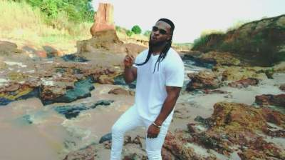 Video: Flavour - Awele (feat. Umu Obiligbo)