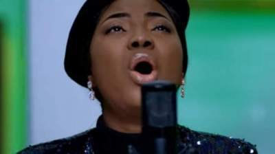 Video: Mercy Chinwo - Oh Jesus