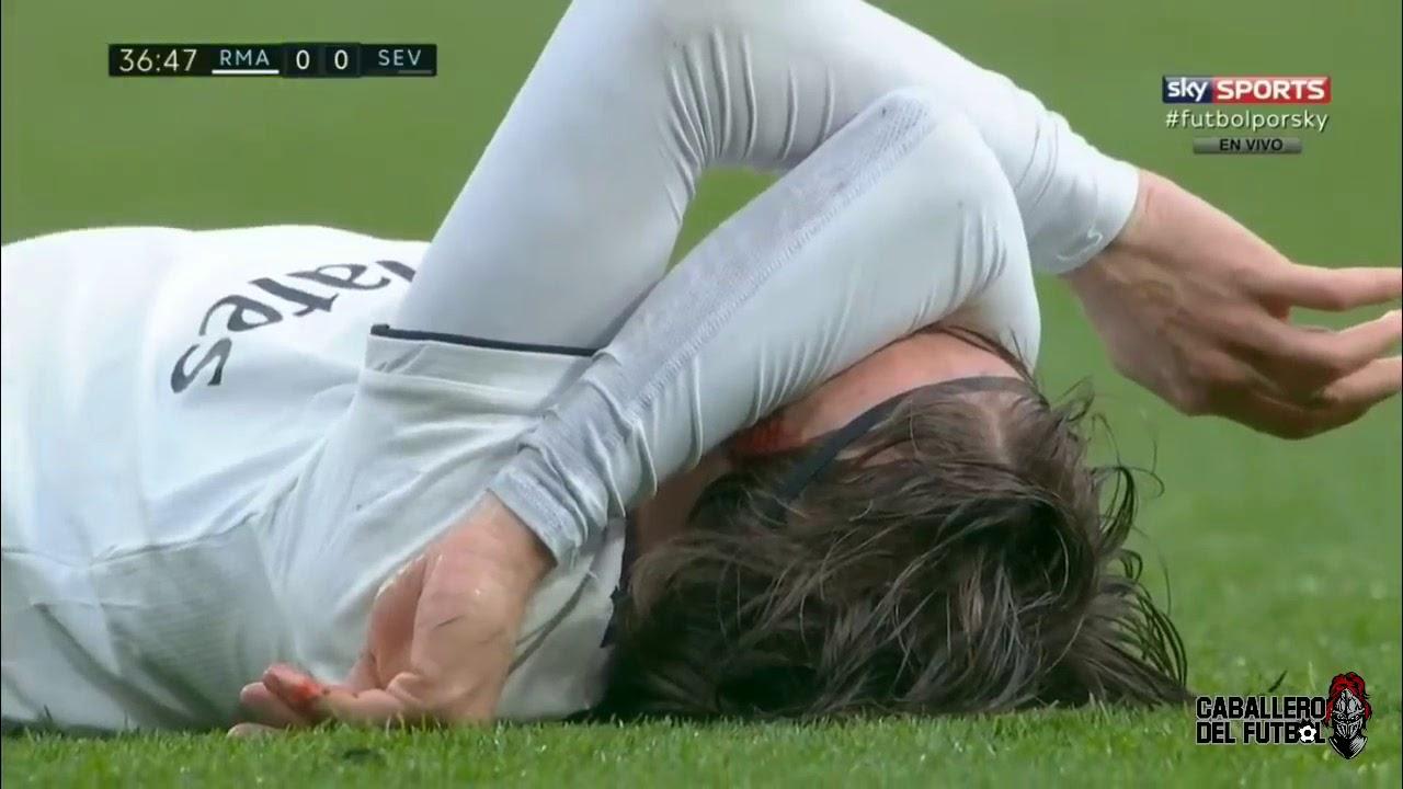 Real Madrid 2 - 0 Sevilla (Jan-19-2019) La Liga Highlights