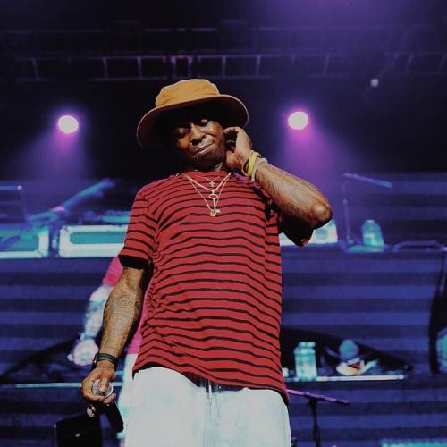 Lil Wayne - Pour Up