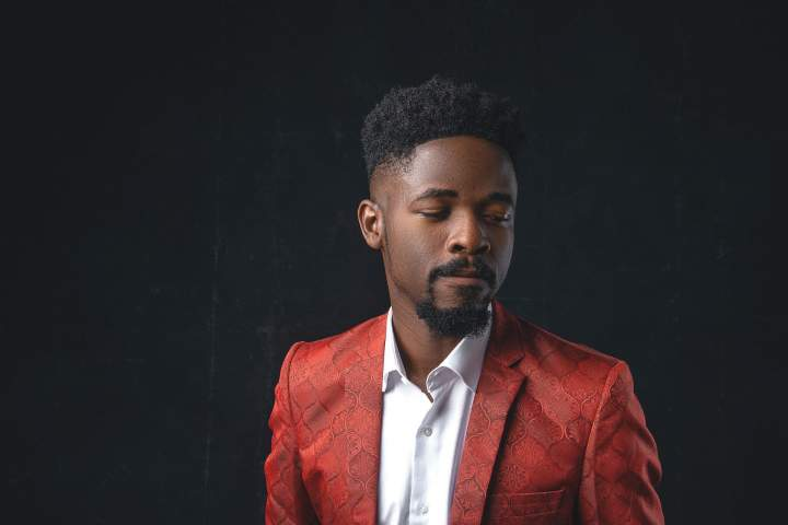 Johnny Drille 1