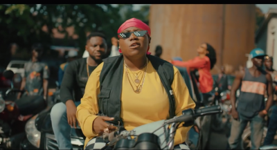 Video: Teni - Case