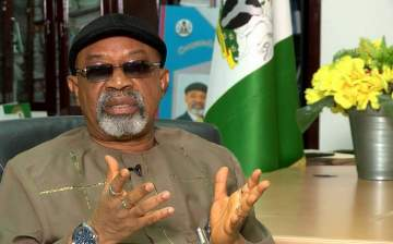 ASUU strike: FG pleads with lecturers, promises to pay new minimum wage