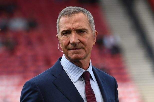 Souness blasts referee after Man Utd beat Spurs, claims Pogba should have seen red