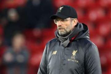 Klopp names club that can stop Man City from retaining Premier League title