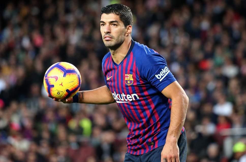 Saurez to replace Fabregas at Chelsea