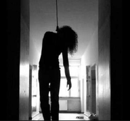 Heartbreaking! 38-year-old Childless Woman Found Hanging From Her Ceiling Fan in Anambra