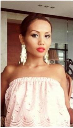 Thai Woman Dates 5000 Guys