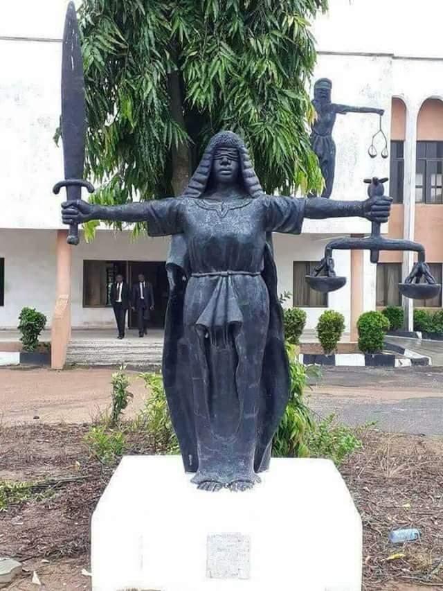 Fallen Justice Statue1