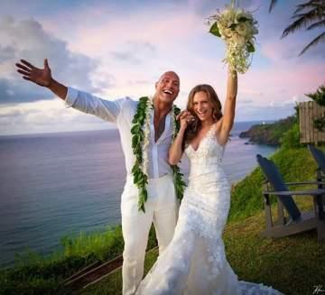 Dwayne 'The Rock' Johnson marries his longtime girlfriend Lauren Hashian (Photos)