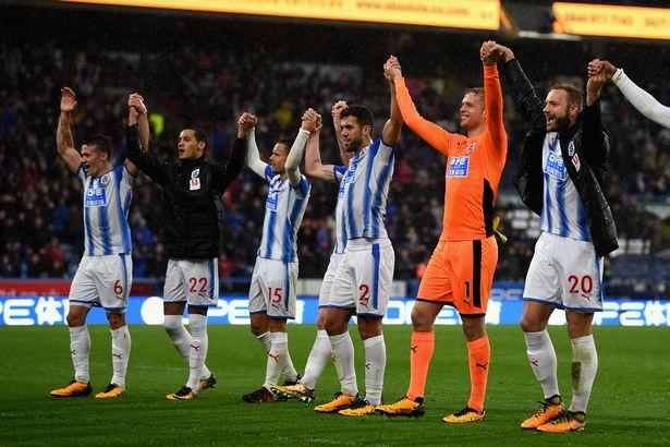 Huddersfield Town Players Vs Man Utd Oct2017