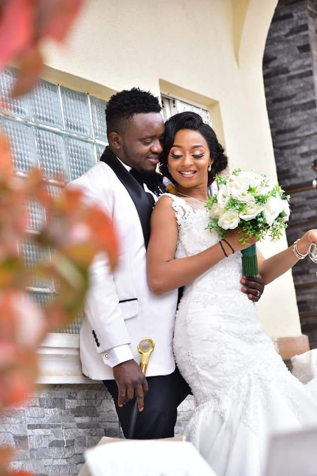 Beautiful Nigerian Couple Tie The Knot 7 Years After They Met At A Motor Park Photos 8