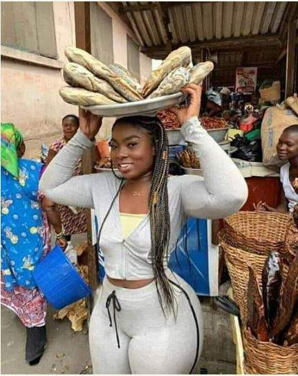 Curvy Slay Queen Spotted Selling Fish In A Market Causes Stir Online Photos