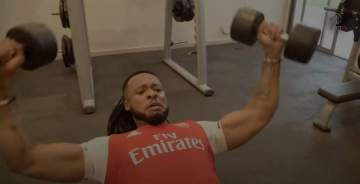 Watch how Flavour Keeps Fit for his Music Videos and Shows (...with Chidinma)
