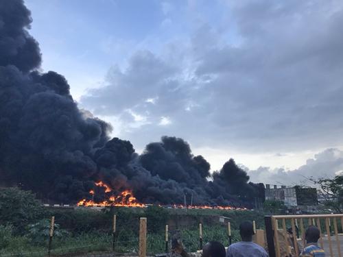 Fire Outbreak In Lagos 3
