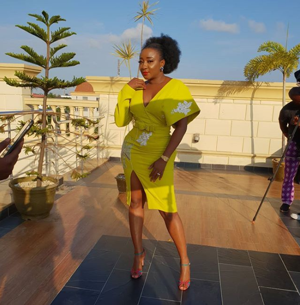 Ini Edo Sparks Engagement Speculations As She Flaunts Ring Lailasnews 1
