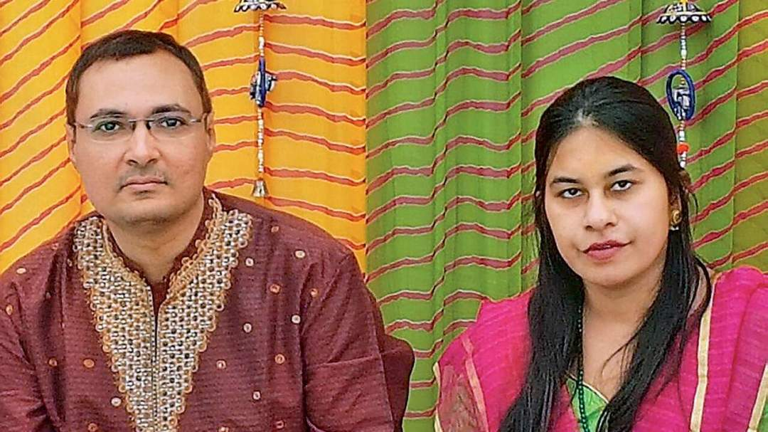 Family Calls Off Wedding Over Womans Addiction To WhatsApp Lailasnews