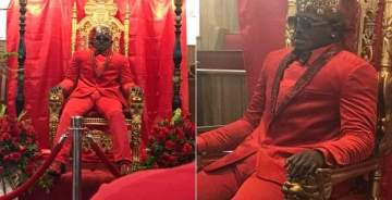 Dead Man Spotted Sitting On A Throne Like A King At His Own Funeral (Photos)