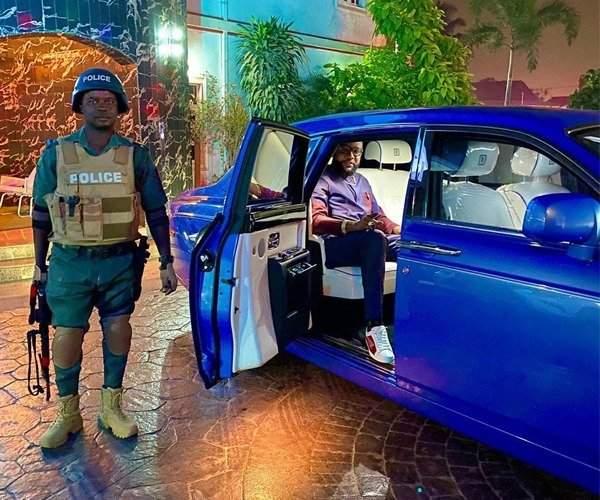 E Money Car Photo Autojosh 2