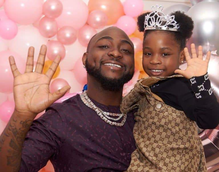 Davido's daughter, Imade receives heartwarming surprise with bundles of cash as her first tooth falls off (Photos/Video)