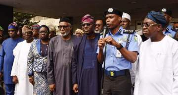 Police Give South-West Governors Conditions For Amotekun Corps To Bear Arms