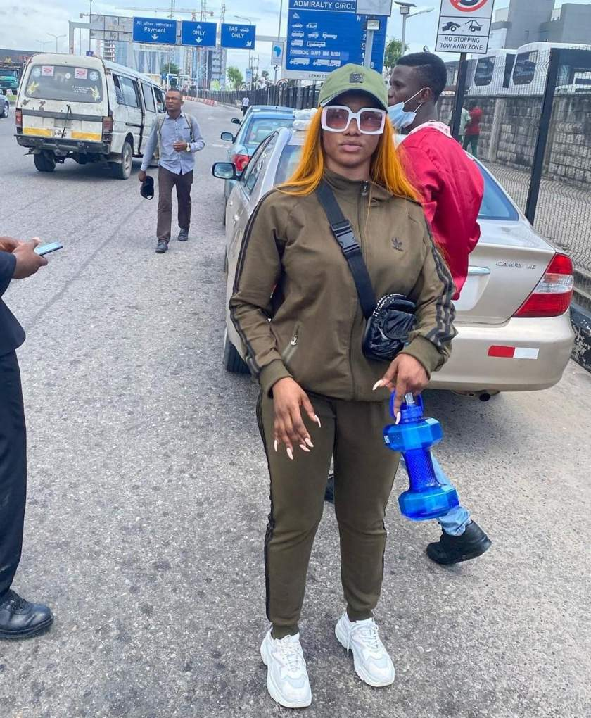 """Dirty smelling girl, God punish your family"" - Man blasts Tacha for coming during end of protest and demanding for microphone (Video)"