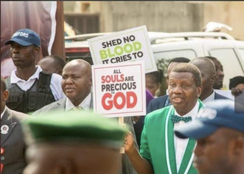 """""""I support the youths in this #EndSARs Protest"""" - Pastor Adeboye"""