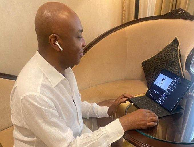 Bukola saraki listening to wizkid's made in lagos album