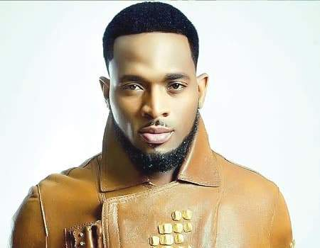 D'banj acquires customised Rolls Royce Wraith Worth over N150M (Video)