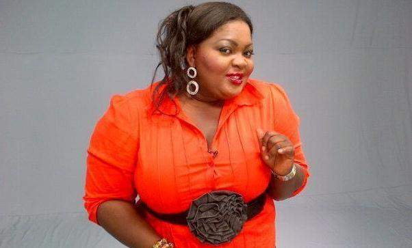 """The way your mama own fall"" - Eniola Badmus knocks fan that attacked her bikini photo"
