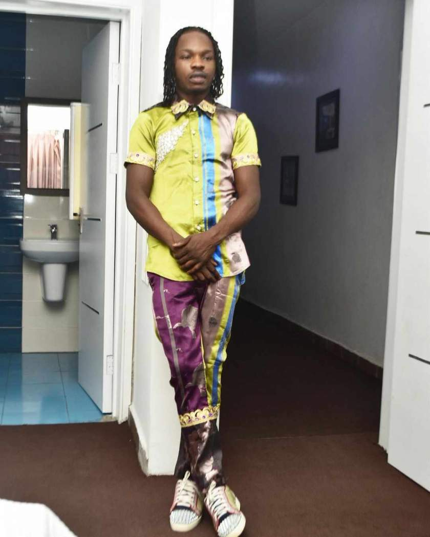 "Naira Marley sends Vee flower bouquet with note ""my heart and soul for you"""