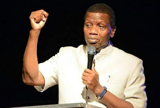 """""""You will marry next year"""" - Pastor Adeboye prays for all single men who are of marriageable age but are """"wasting time"""" (Video)"""