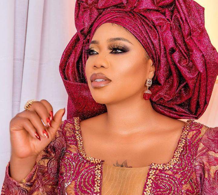 Toyin Lawani reacts after finding out her staff uses her bra with her (Video)