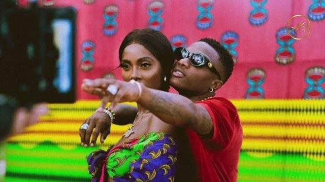 """Awwn...You wished but he still smashed"" - Fans dig out old tweet of Tiwa Savage 'stylishly shooting her shot' at Wizkid"