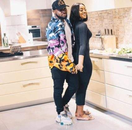 """""""The disrespect is too much on Chioma"""" - Reactions as Davido is seen kissing his new bae, Myah Yafai (Photos)"""
