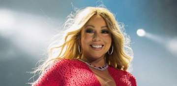 """Mariah Carey suing former Assistant for Blackmailing her with """"Embarrassing"""" Videos"""