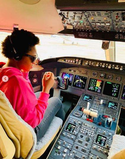 Regina Daniels congratulates husband as he acquires a private jet 3