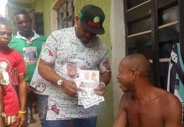 Actor Yul Edochie Goes From House To House To Campaign For Atiku And Obi (Photos)