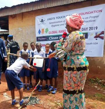 Enugu First Lady, Monica Ugwuanyi commissions 'state of the art' tippy taps for primary school pupils (photos)