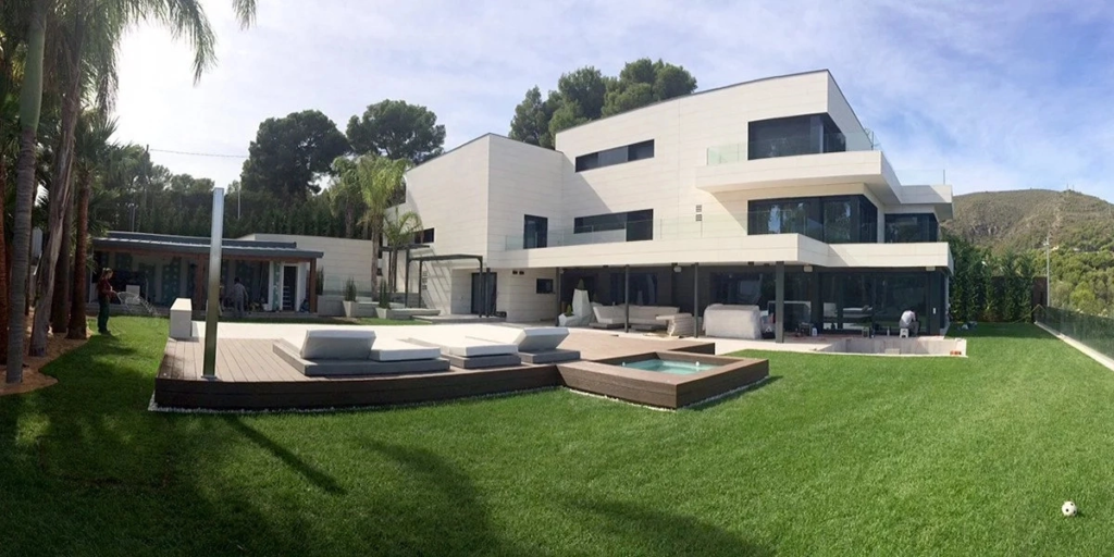Messi House 1
