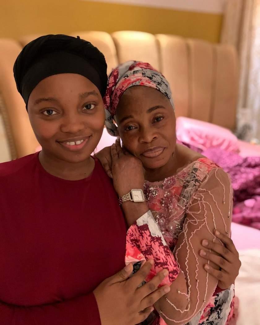 Tope Alabi celebrates daughter as she graduates from Bowen University