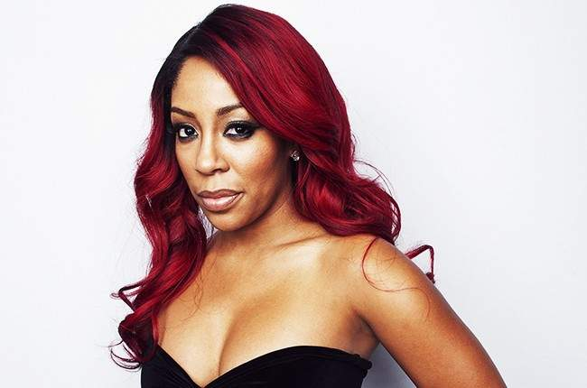 "Singer, K.Michelle's ""butt implant deflates"" while twerking on Instagram Live (Video)"