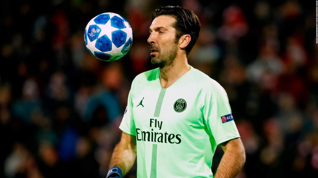 2Gianluigi Buffon